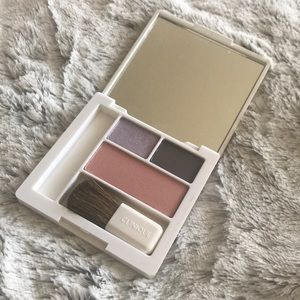 NWOT Clinique Eyeshadow and Blush Palette